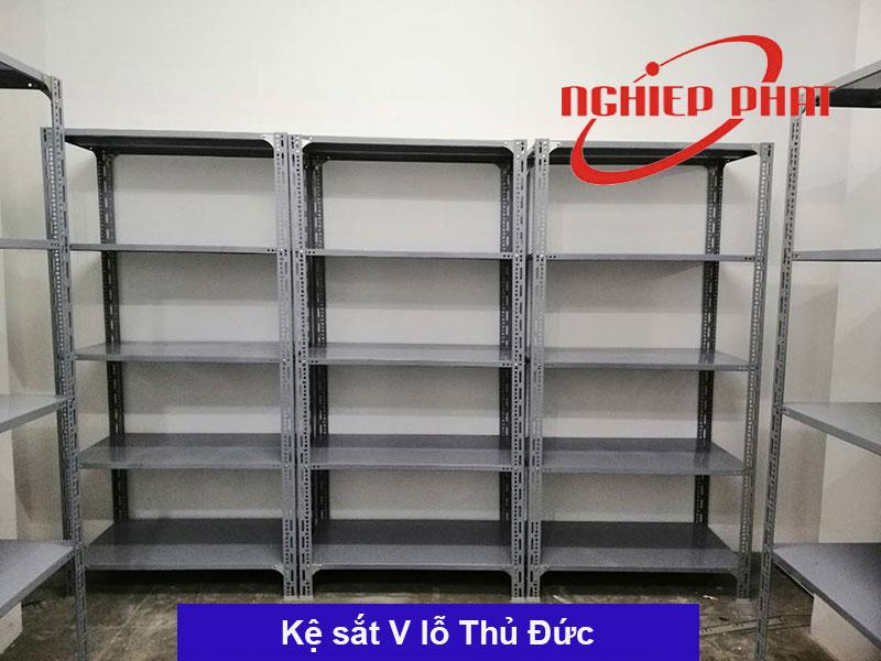 Kệ sắt V lỗ Quận Thủ Đức, Bình Tân, Nhà Bè TPHCM giao hàng miễn phí