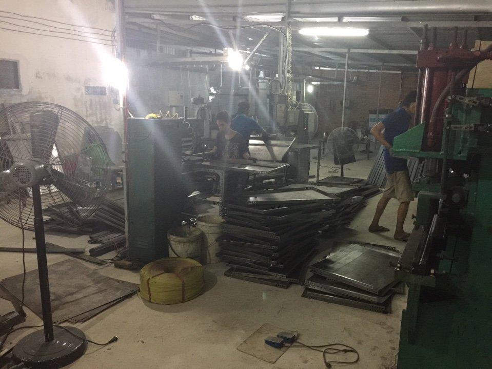 nhà máy mâm sắt v lỗ